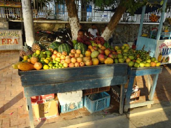 ซานตามาร์ตา, โคลอมเบีย: Frutas por doquier
