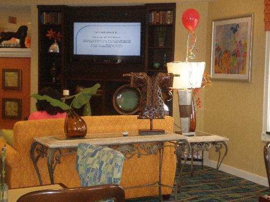 Residence Inn Monroe: Lobby
