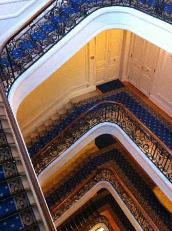 Hôtel du Palais : escalier