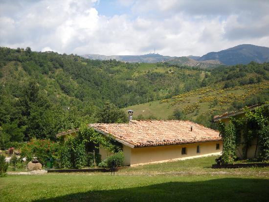 Cagli, Italia: Vista del Monte Nerone