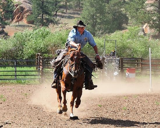 ‪‪Tarryall River Ranch‬: Ranch Rodeo fun!‬