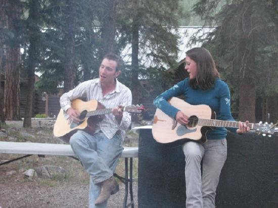 Wilderness Trails Ranch: songs around the camp fire