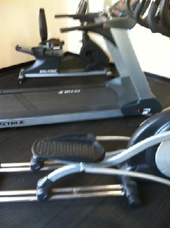 Holiday Inn Express Prince Frederick: fitness room only has 3 machines