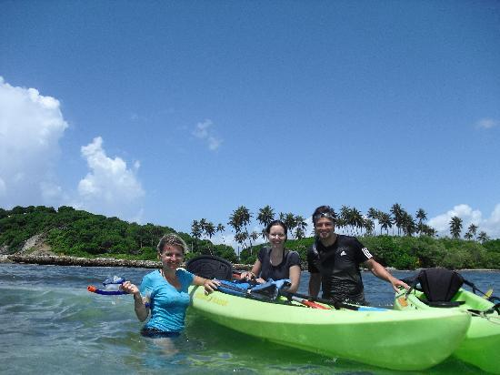 Barefoot Travelers Rooms: Kayaking zur Monkey-Island mit Keishya