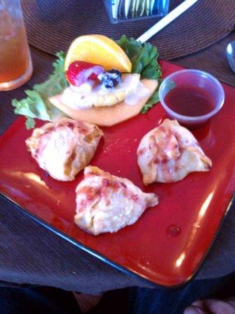 Kings Bistro: Stuffed shrimp wellington