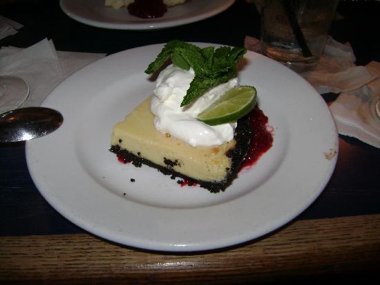 Island Grille: Key lime pie--YUMMMMMM