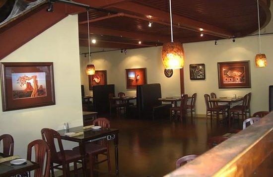 Anasazi Steakhouse & Gallery : Dining Area