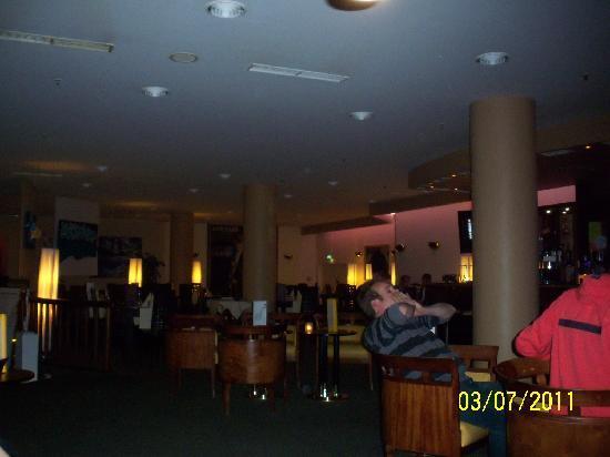 Mercure Berlin Tempelhof Airport: Bar Lounge
