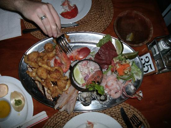 Trader Jacks: Seafood platter (some already eaten)