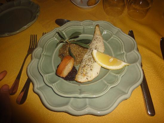 Le Mas des Comtes de Provence : Beautiful Beaucletter