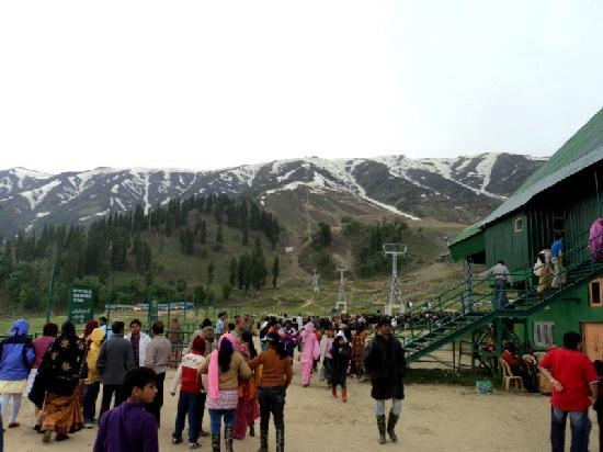 Gulmarg Alpine Guides: Gulmarg 3
