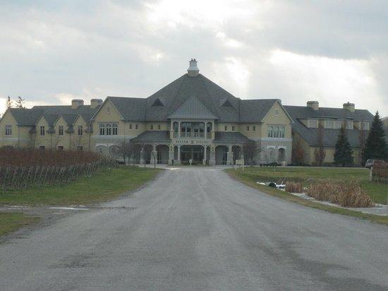The Winery Restaurant at Peller Estates: peller