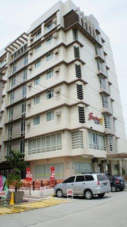Photo of SmallVille 21 Hotel Iloilo City