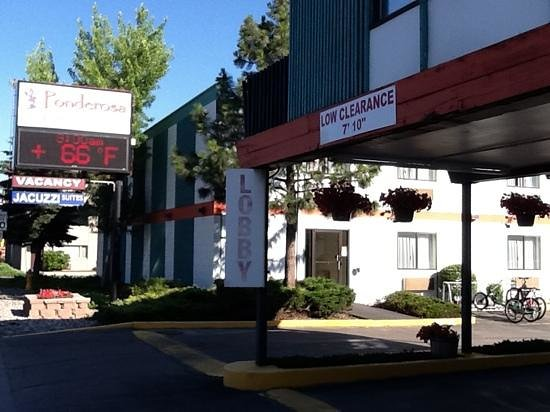 Motel 6 Missoula East : Street entrance