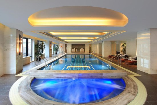 Waldorf Astoria Shanghai on the Bund: Swimming Pool