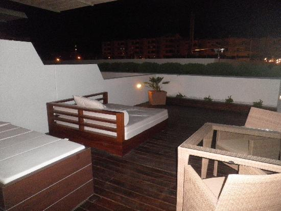 Never a grey day at the ibiza gran fotograf a de ibiza - Jacuzzi de terraza ...