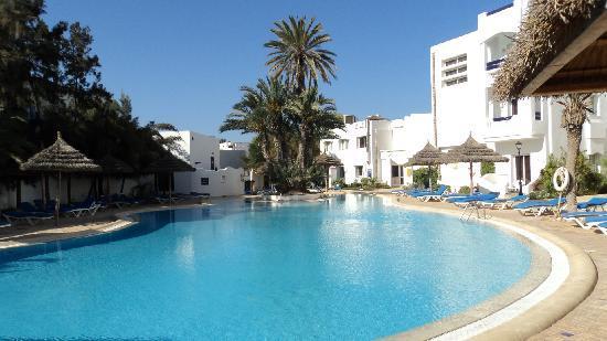 Fiesta Beach Club Djerba: la piscine à côté de notre chambre