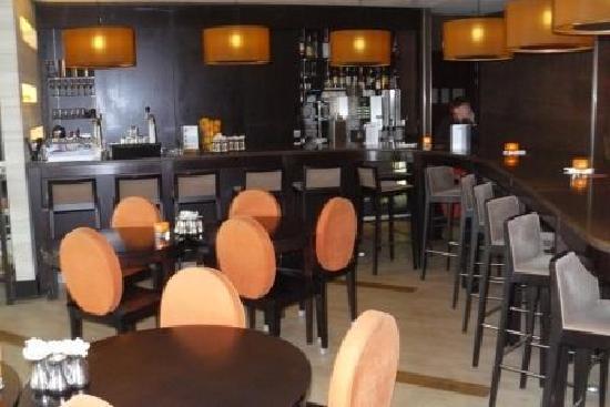 NH Den Haag: bar