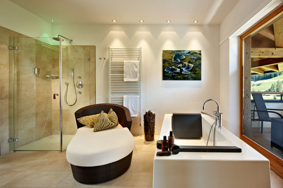 Hotel Monika: Bathroom Spa Suite Alpienne Royal