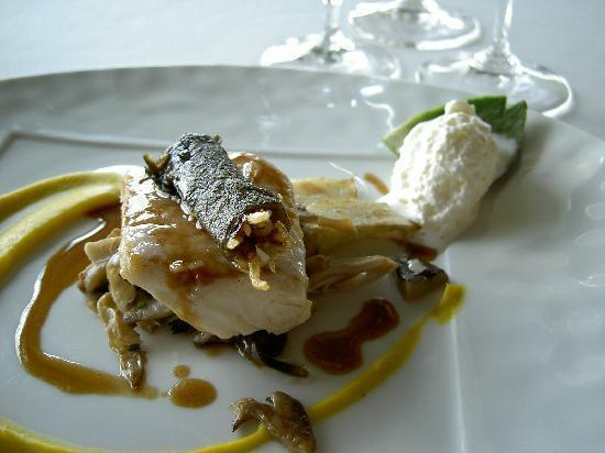 Hotel Restaurant Regis & Jacques Marcon : un plat dégusté