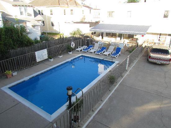 The William Inn: Swimming Pool