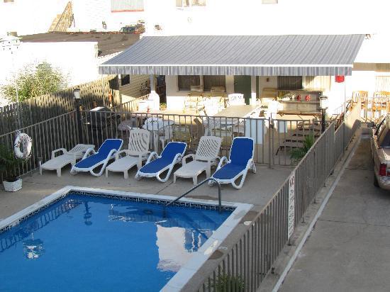 The William Inn : Pool Patio