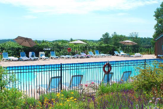 Ste. Anne's Spa: The pool