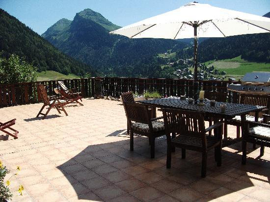 Chalet Les 4 Vents : What a place to Wine & Dine