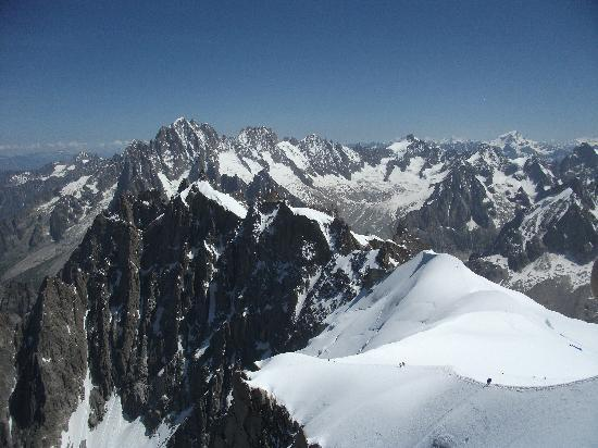 Chalet Les 4 Vents : Mont Blanc and 13000 ft by cable car