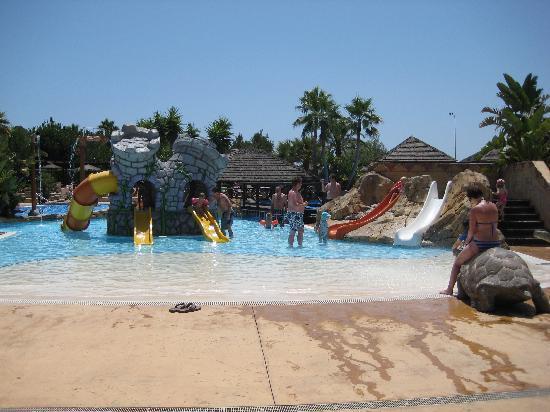 بروتور فيستا بادي أبارتهوتل: La  Resevera waterpark- children's area