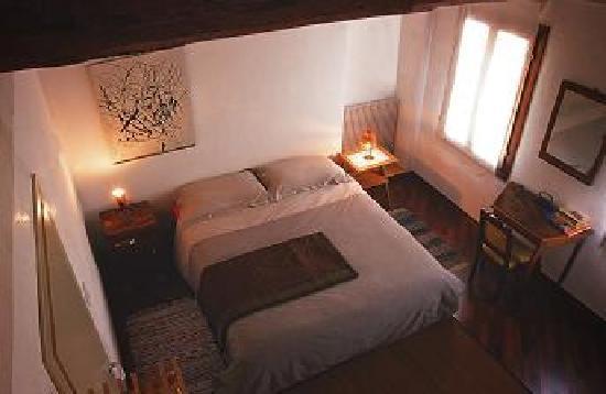 Mi Casa tu Casa Bed & Breakfast: Room 2