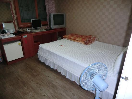 Pusan Inn Motel: 室内の様子
