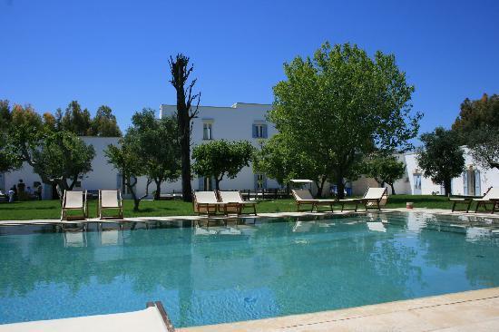 Masseria Montelauro: Pool