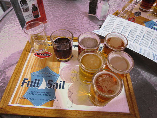 Full Sail Brewing Company: The pre-selected sampler
