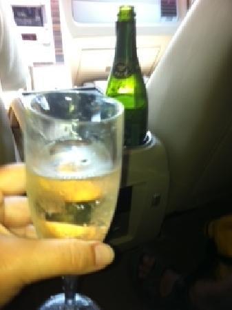 Zoetry Paraiso de La Bonita: Champagne with private transfer