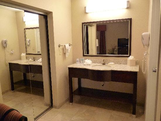 Hampton Inn & Suites Phoenix North/Happy Valley: Room 5
