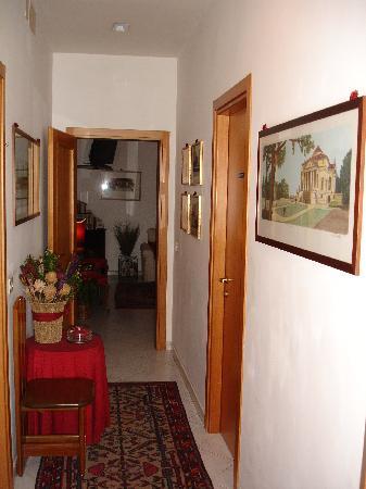 A Casa di Serena a San Pietro: Corridoio
