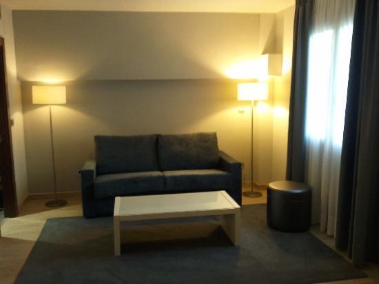 Tinas de Pechón: Salón con sofá-cama