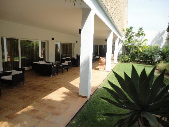 CalaMijas Hotel: inner garden