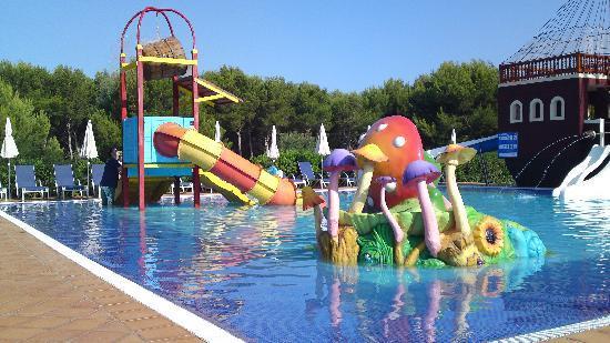 Viva Menorca: Gr8 Splash Pool :)