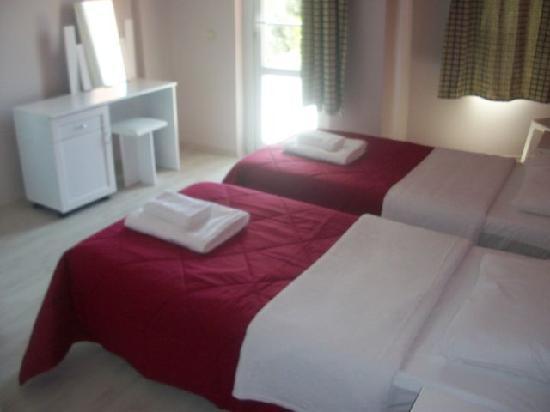 Hotel Garden of Eden: Our Room