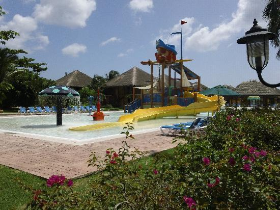 Allegro Cozumel: Kids water park pool