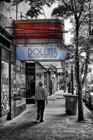 Rollin's Downtown Deli: *