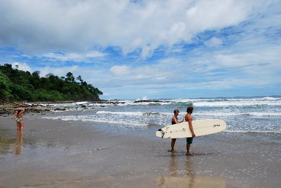 Buena Vista Surf Club: surfing at playa maderas