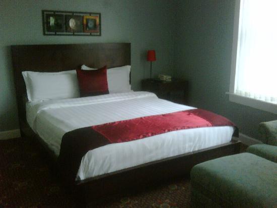 Ponce De Leon Hotel: Suite