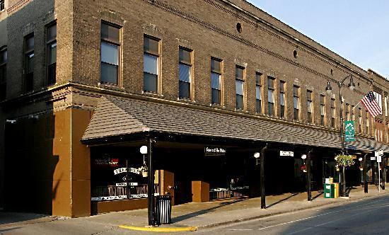 The Tremont Inn on Main