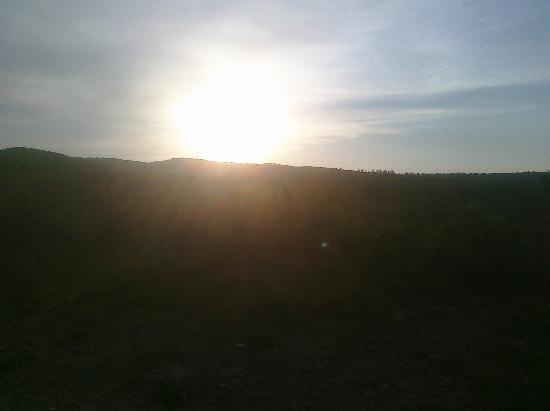 A to Z Guest Ranch : Sunrise 59°F Late June