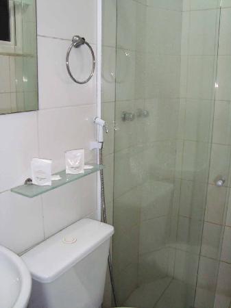 Hotel Monte Castelo: Restroom