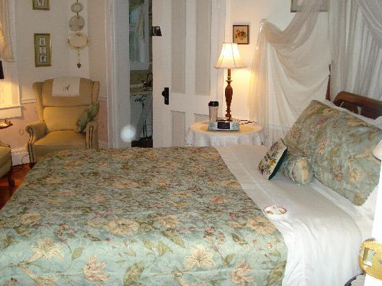 Abbey's High Street Bed and Breakfast: the elizabeth suite