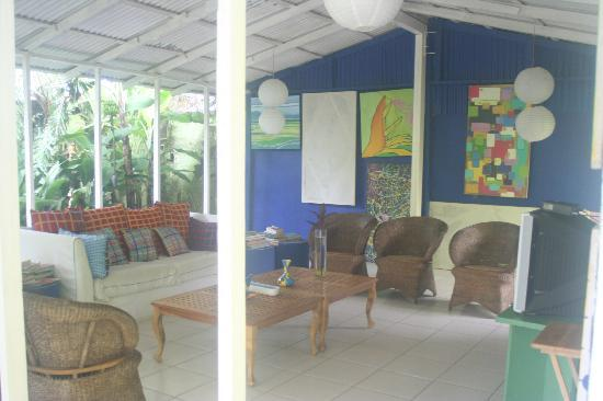 El Punto Hotel: common area for guests